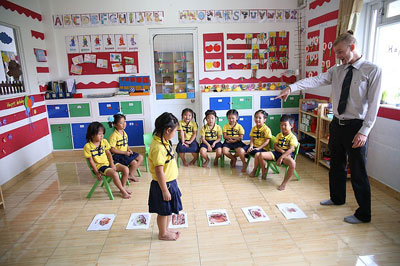 [Raina쌤의 교육 가이드] 초등자녀, 어떻게 하면 영어