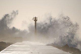 2013년 지진에 이어 찾아온 초강력 태풍